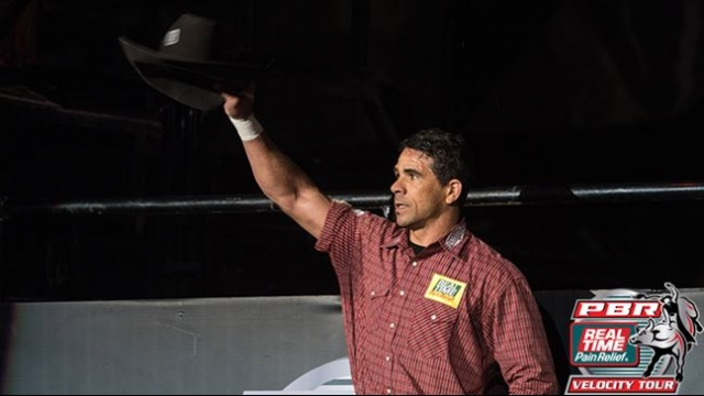 <span class='notranslate'>Real Time Pain Relief</span> Bullrider Robson Aragao Wins the Bangor Buckoff