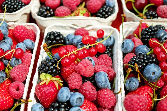 How Berries Help Fight Pain and Inflammation
